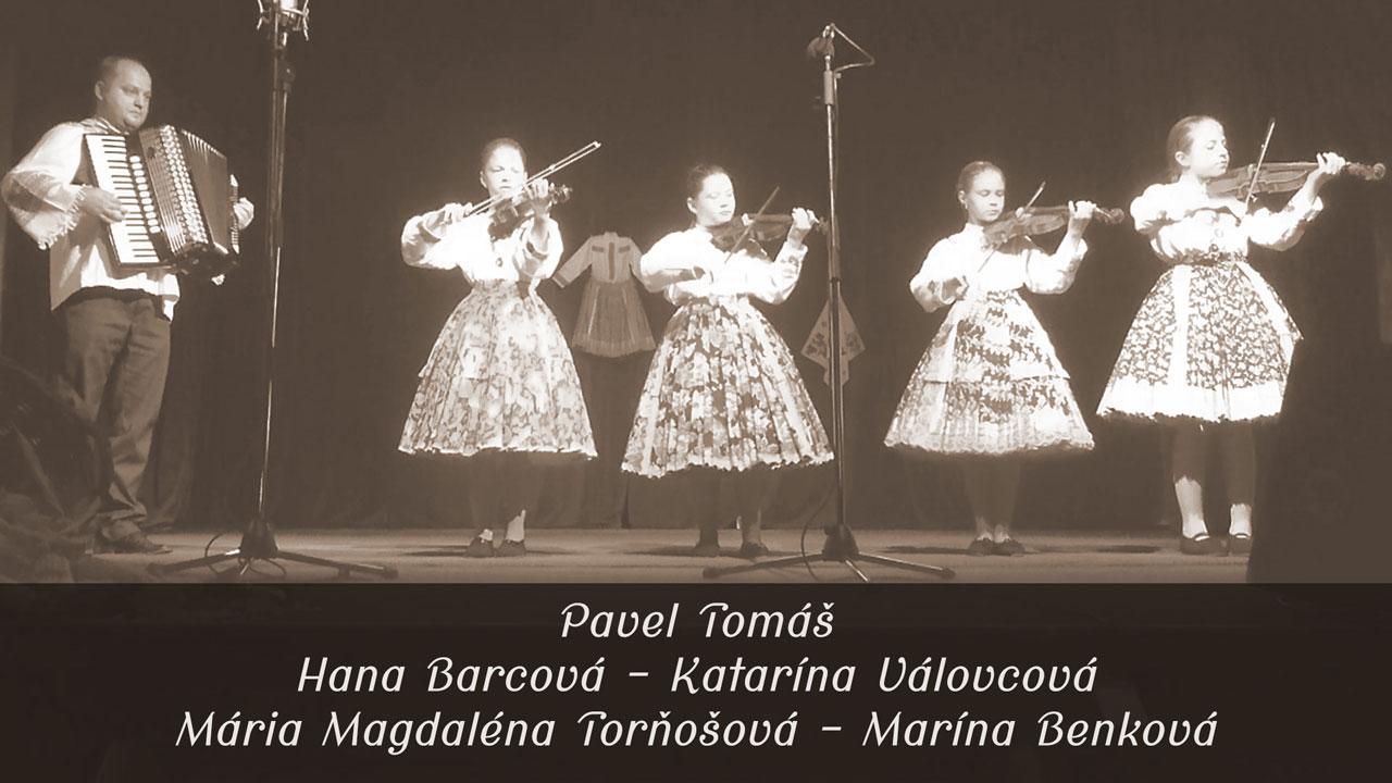 Slovak children folk song – Kohútik jarabý, Maličká som – Sláčikové kvarteto Kovačica – Hana, Katarína, Mária Magdaléna a Marína