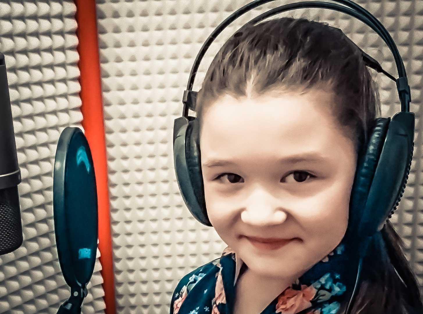 Katarína Válovcová – Ako mama (Letí pieseň, letí 2016) – Pieseň o mame
