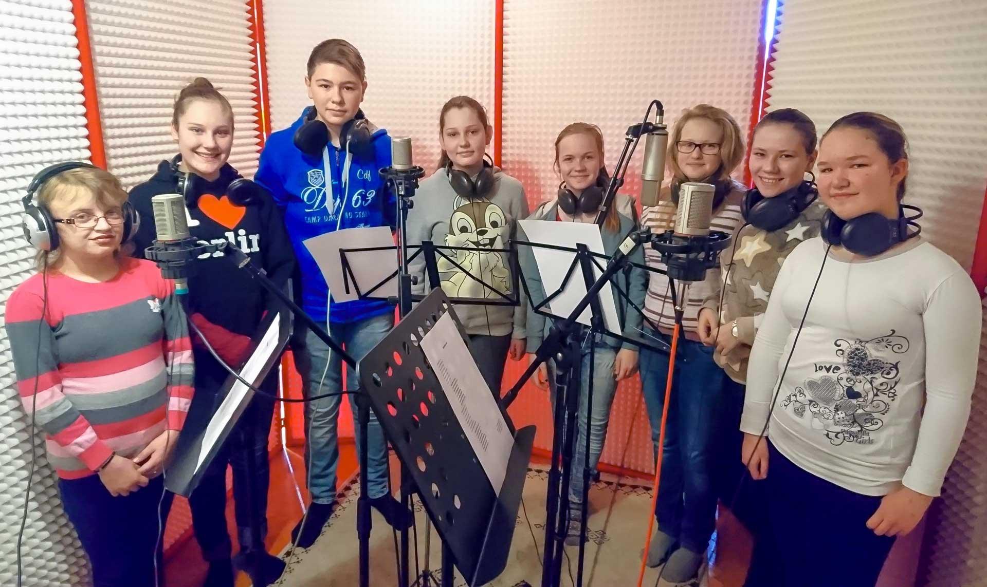 Zbor ZŠ Mladých pokolení Kovačica – Letí pieseň, letí 2016